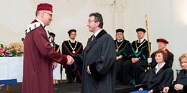 Rektor Masarykovy univerzity předal dekrety novým docentům