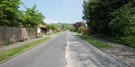 Průzkum: Pro malé obce jsou silnice velkou zátěží