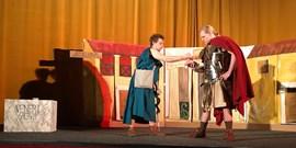 Studenti odehrají oceněné antické drama na festivalu v Mikulově