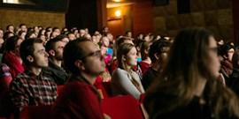Natočte film a soutěžte na festivalu ke 100. výročí univerzity. Pomůžou praktické kurzy