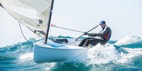 Na jachtě kolem světa. Student se chce probojovat na olympiádu