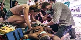 Dva medici z Muni pomáhali zraněným po zemětřesení v Indonésii