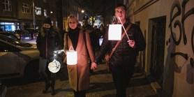 Fotoreport: Studenti oslavili 17. listopad lampionovým průvodem