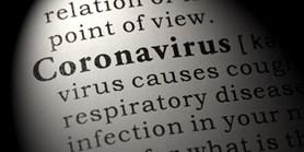 Dezinformace můžou nakazit jako vir. Braňte se jim stejně jako nemoci