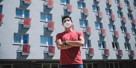 Mexický student zůstal koronaviru navzdory: Studium na MUNI stojí za to