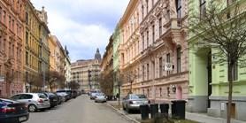 Privatizace bytů umožnila ekonomům otestovat vliv vlastnického bydlení na trh práce