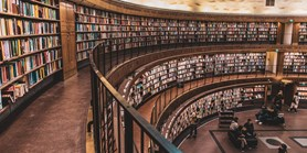 Konec skladům knih. Knihovny nachází nové role