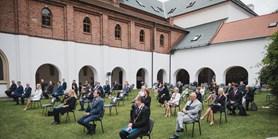 Docenti nově habilitovaní na Masarykově univerzitě převzali své dekrety