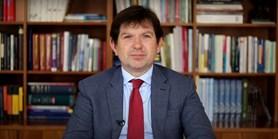Video: Rektor Bareš vítá novou farmaceutickou fakultu na Masarykově univerzitě