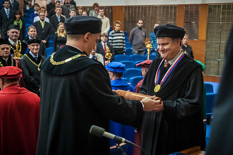 Předávání čestného diplomu