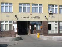 Budova LF, ÚN Brno, Ponávka 6, Vchod do úrazové nemocnice
