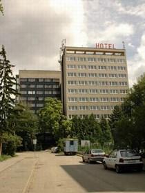 Budova SKM, bří Žůrků 5, koleje, hotel, Koleje na ulici Bratří Žurků 5