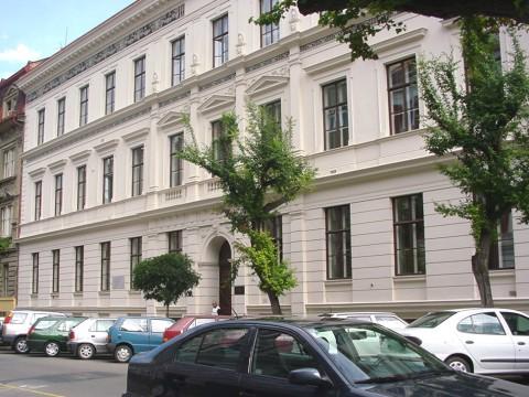 Budova FF, Jaselská 18, budova J, Gorkého-Jaselská